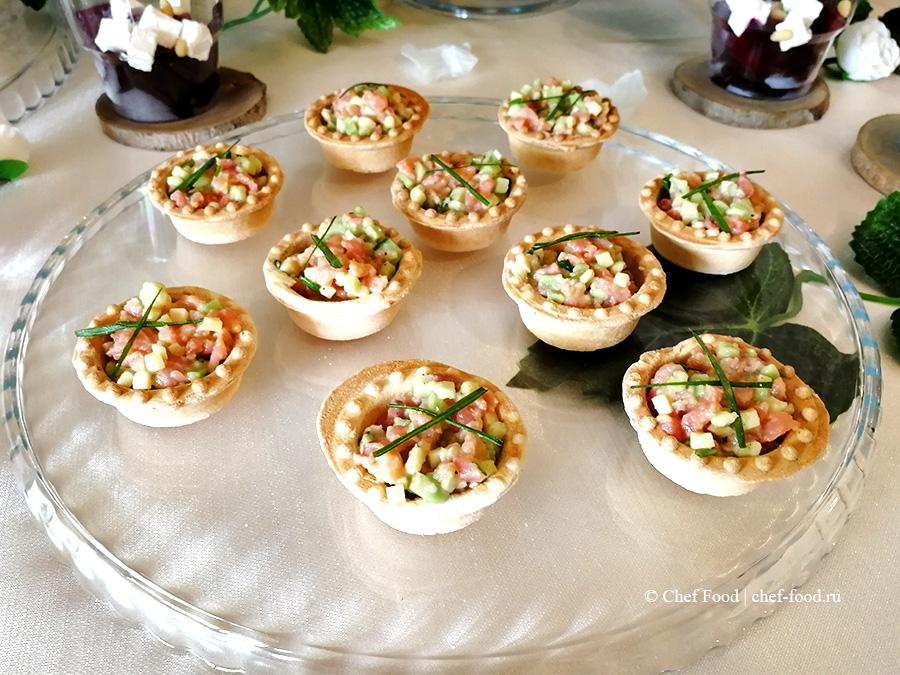Мини тарталетки с тар-таром из лосося